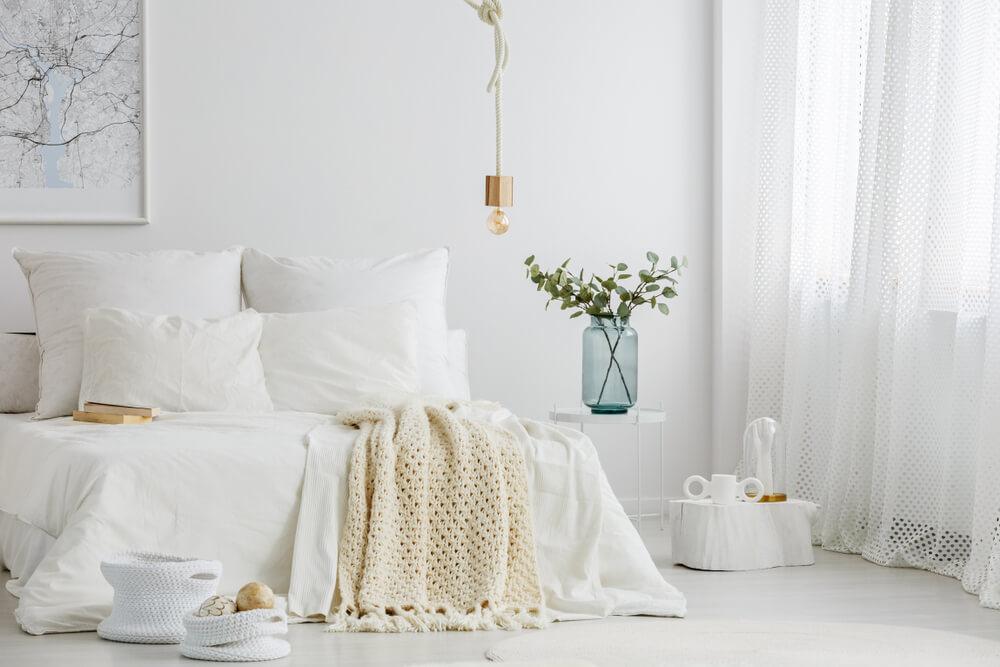 bílá barva do ložnice